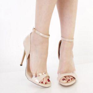 StylEase - Patent Kitten Heels