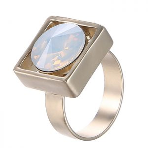 StylEase - Gold And Gem Ring
